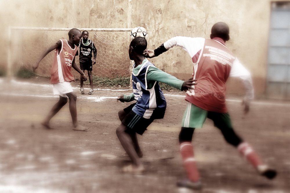 Ohne Sport finden die Jugendlichen nicht zur Schule. © Tom Rübenach